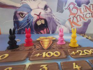 IMG 20200729 181618 300x225 - El Reino de los Conejos - Reseña del juego de mesa Bunny Kingdom.